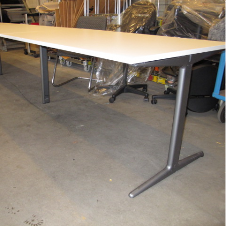 Ahrend Mehes workbench 480 x 80 cm
