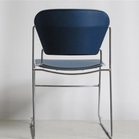 Charles O. Perry Stack Chair sledestoel
