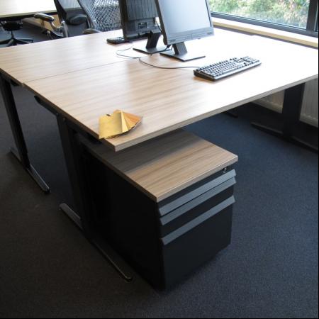 assenburg bureau 180 x 80 cm. Black Bedroom Furniture Sets. Home Design Ideas